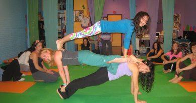 Crianças também fazem yoga